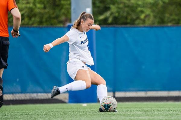Miri Taylor of Hofstra women's soccer